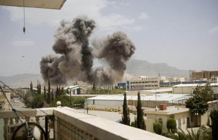 Арабская коалиция начала очередной штурм йеменского порта Ходейда