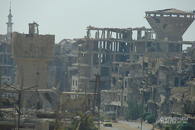 В сирийском Дейр-эз-Зоре жертвами ударов коалиции стали более 60 человек