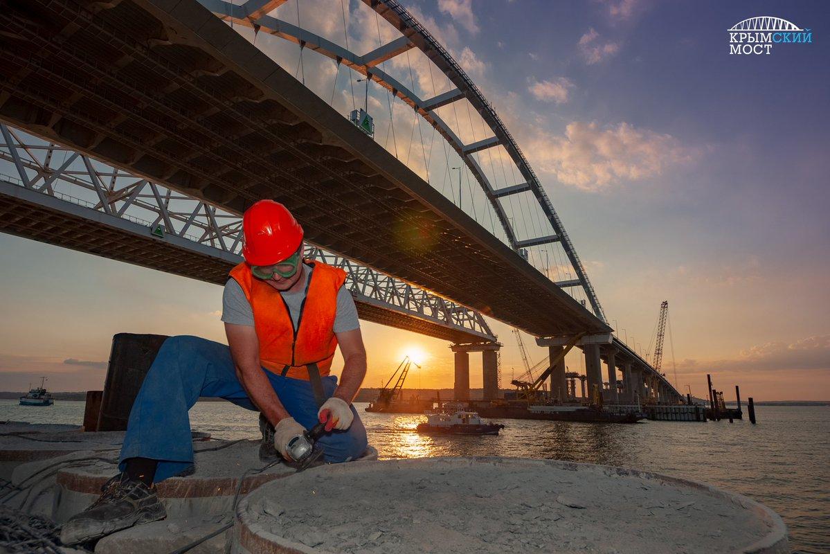 Евросоюз ввел санкции против российских компаний, которые строили Крымский мост