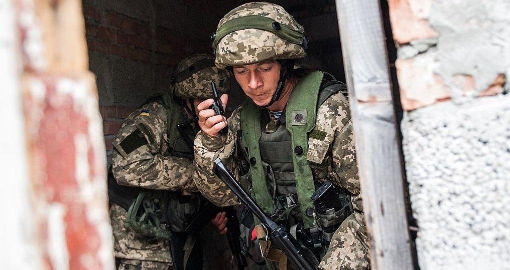 Ситуация на Донбассе: бойцы …
