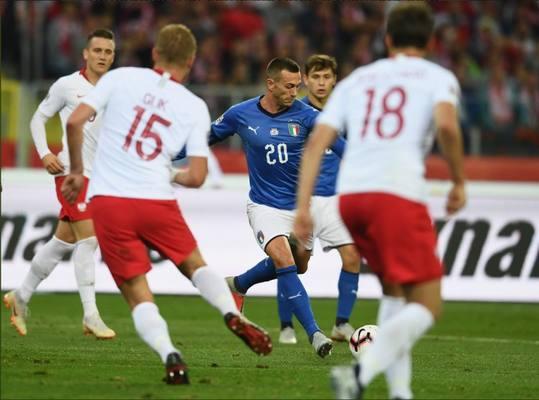 Победа в компенсированное время: Италия сильнее Польши
