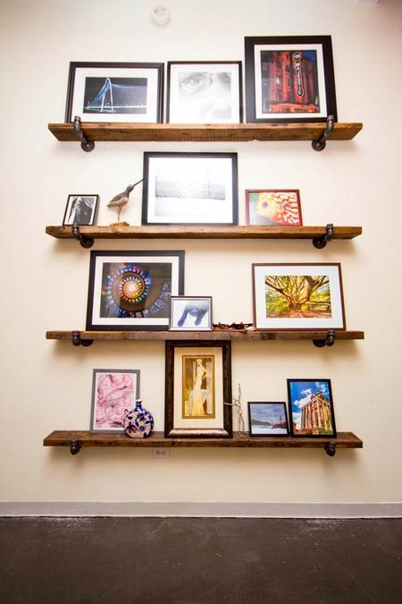 Открытые полки как украшение дома: 10 идей фото 3