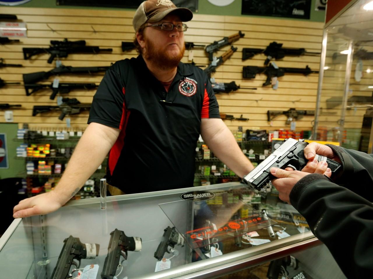 Оружие, которое можно купить в ломбарде в США
