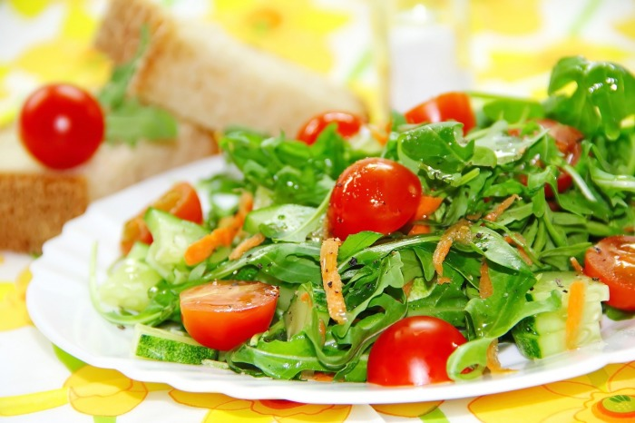 Попробуйте исключить из рациона мясо. /Фото: cdn.pixabay.com