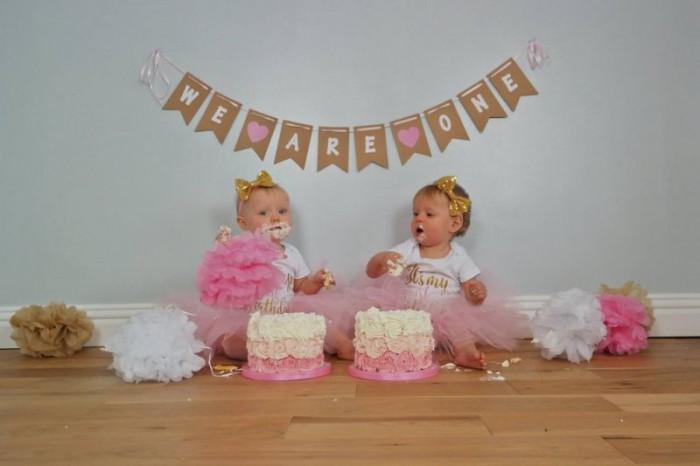 Двойняшки на своей первый день рождения съели собственных клонов