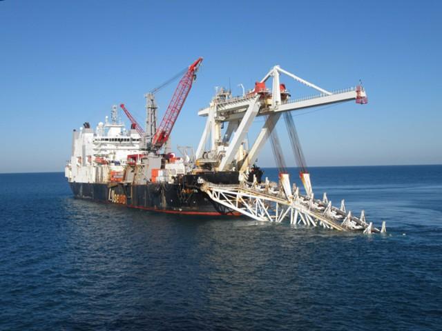 """Газпром"" уложил 48% морской части Турецкого потока"
