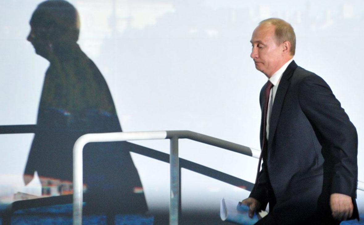 Константин Ремчуков:За власть в России сейчас реально борются только два человека...
