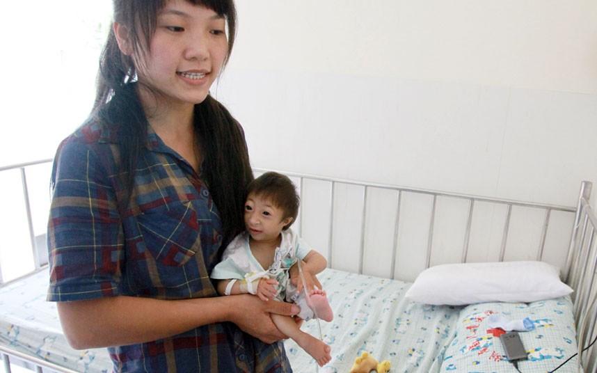 Китайская дюймовочка весит всего 2,5 килограмма