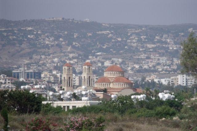 Двое туристов из России погибли в ДТП на Кипре