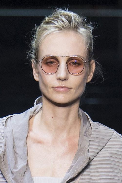 Модные очки ленноны от Emporio Armani SS 2019