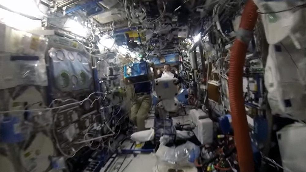 Снятое российским космонавтом видео полюбили в США