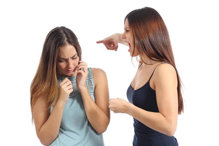 как избавиться от надоедливой подруги