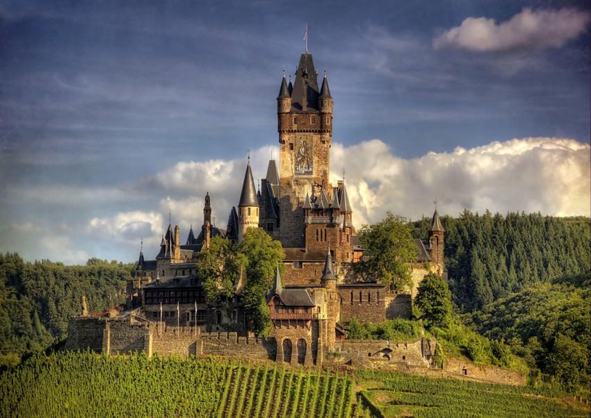 20 самых знаменитых замков в которых хочется побывать