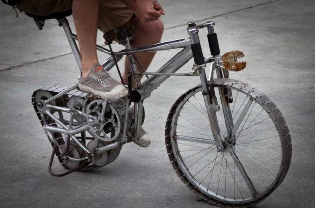 imaginative and inventive bicycle modifications 640 09 Черт побери, зачем они это сделали? (39 фото)