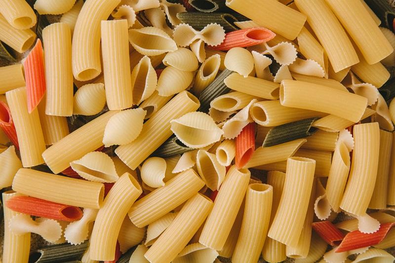 макароны запеченные с сыром и ветчиной