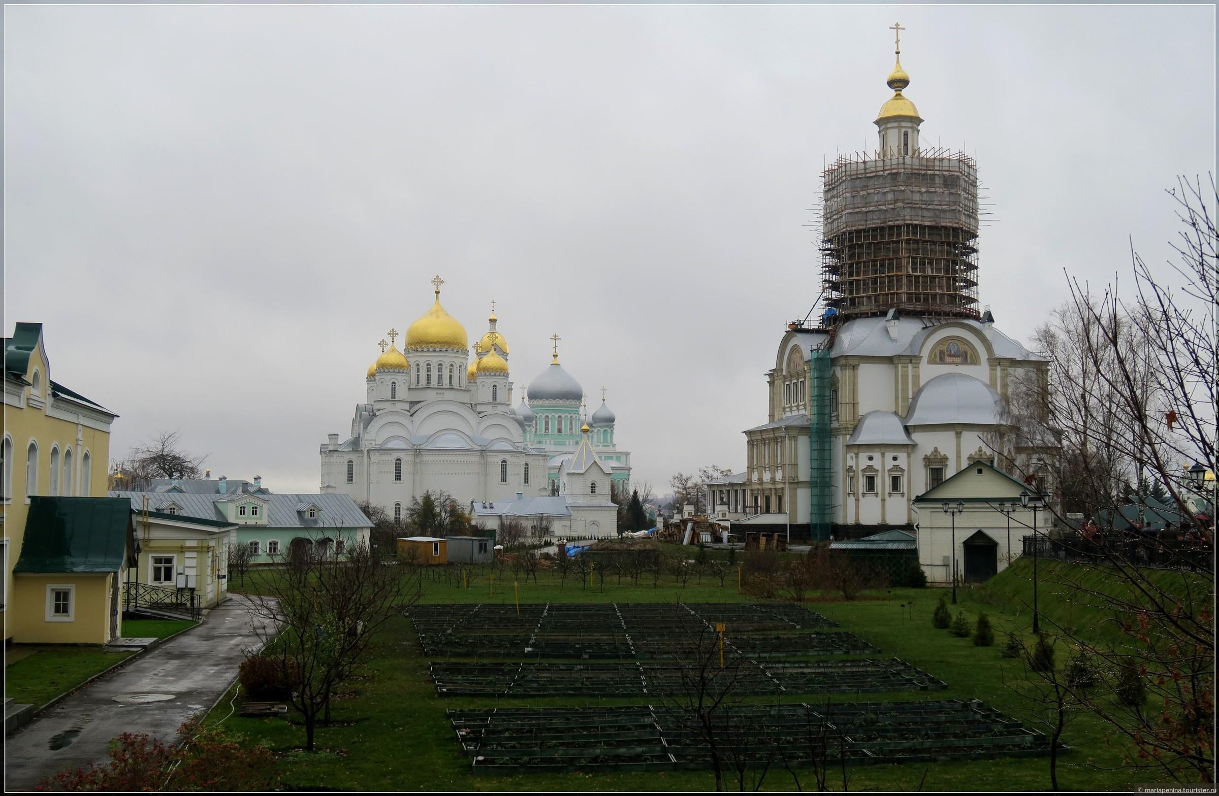 По мотивам «Русь Святая»: Муром и Дивеево.