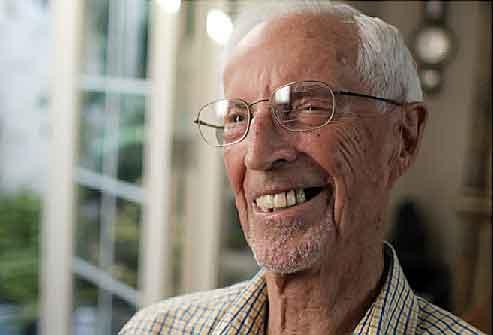 Секреты долголетия — новые данные о долгожителях старше 90 лет