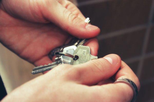 Как делить наследство, которого всего - ничего: одна квартира?