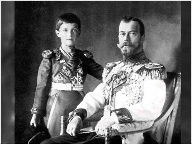 Всего одна женщина, которая на самом деле сгубила династию Романовых