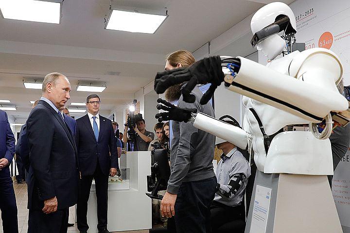 Путина познакомили с «терминатором Русланом»
