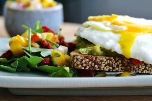 Что лучше не есть на завтрак?