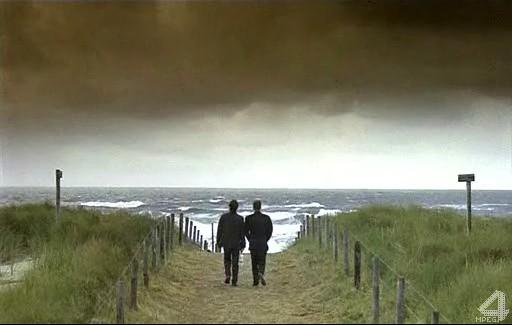 На небе только и разговоров, что о море... - Достучаться до небес