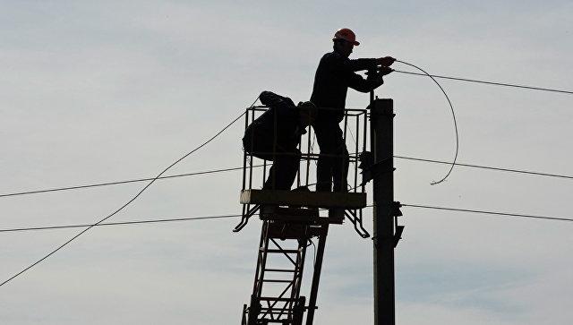 Киев полностью прекратил поставки электричества в Донбасс