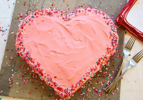 ea067abd509d Как легко  сделать торт в виде сердца. Мастер класс
