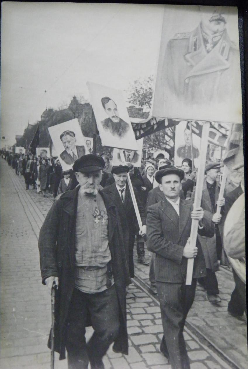 Георгиевский кавалер Ерёменко Михаил на демонстрации