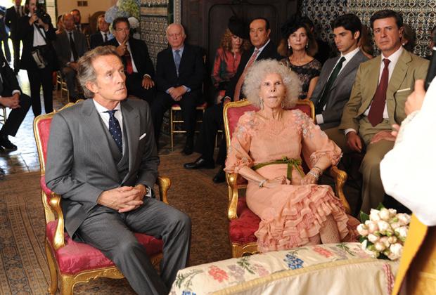Церемония бракосочетания герцогини и Альфонсо Диеса в Севилье