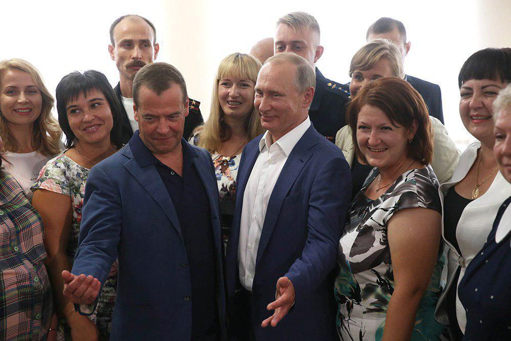 Путин предложил создать в Севастополе детский образовательный центр