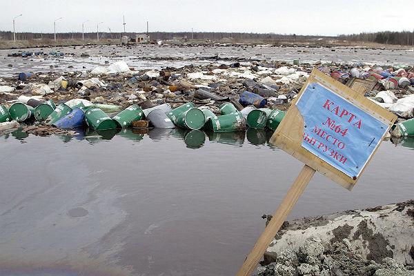 Патрушев заявил о критической ситуации на мусорном полигоне под Питером