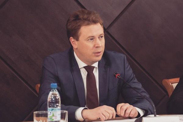 Кого губернатор Севастополя убрал и оставил в правительстве? (ДОКУМЕНТ)