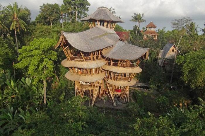 Эти дома выдержат и землетрясения, и дожди. Так утверждает Элора. /Фото:boredpanda.com
