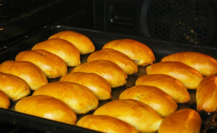 Пирожки с картошкой в духовке: пошаговый рецепт, рекомендации по приготовлению