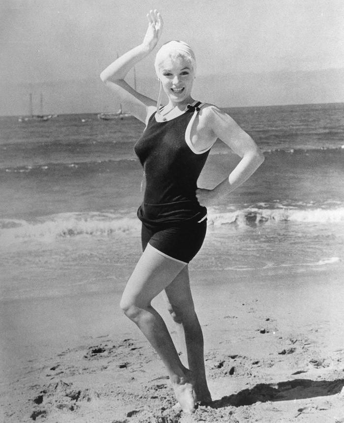 swimsuit03 Ретрошик: 20 легендарных купальников из кино