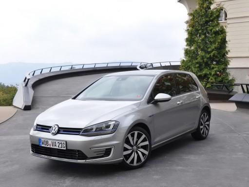 Оператив ЗР: VW Golf GTE – гибридное будущее гольф-клаccа
