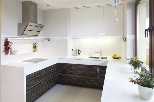 Дизайн маленькой кухни: 26 способов «увеличить» пространство