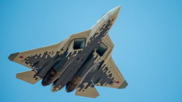 Су-57 станет основой беспилотного истребителя шестого поколения