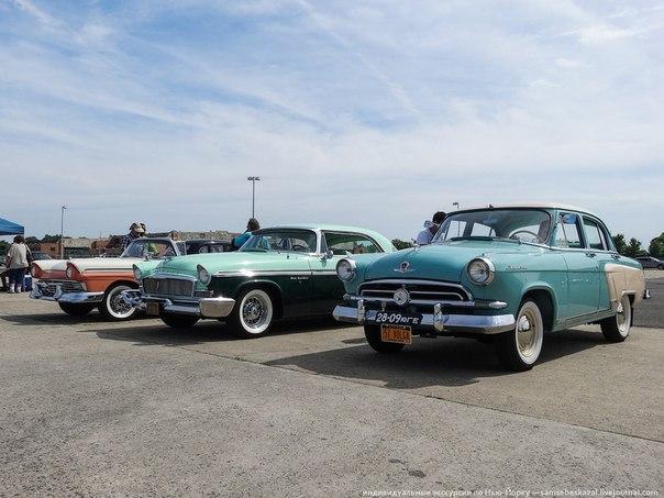 Ежегодное шоу старых автомобилей в Бруклине. Есть на что посмотреть.