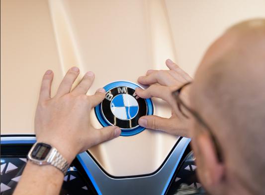 Компания BMW с 1 октября резко повысит цены на автомобили в России