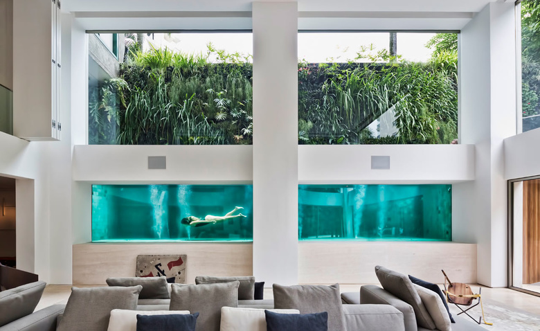 Шикарный бразильский дуплекс с бассейном внутри