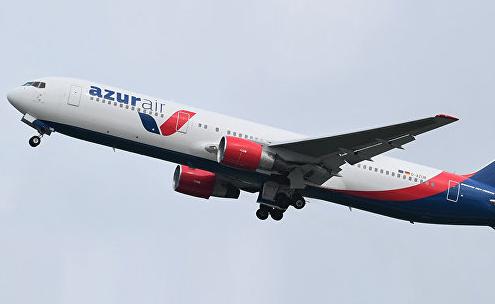 Летевший из России на Кубу самолёт экстренно сел в США из-за неисправности двигателя