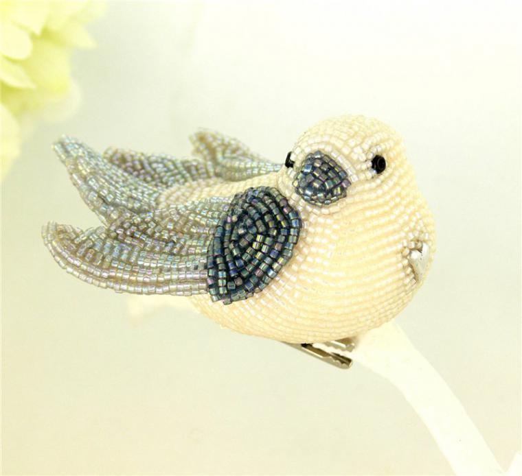 Очаровательные птички из бисера от Meredith Dada