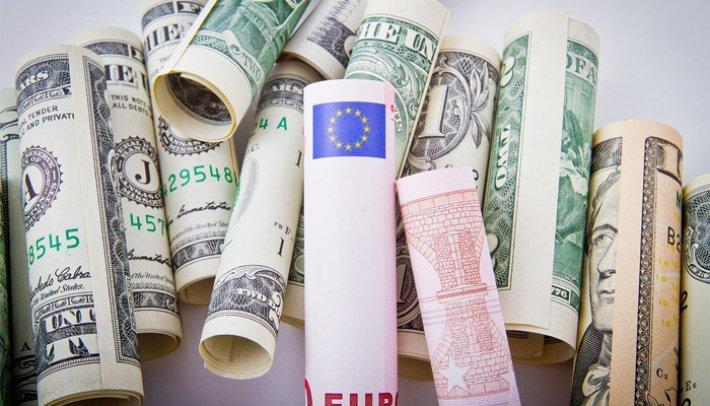 Деньги должны работать: игра ЦБ с гособлигациями США является оправданной