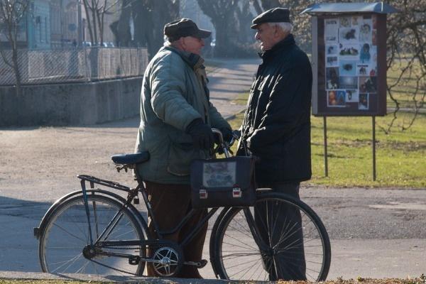 Пенсионерам отказывают в выб…