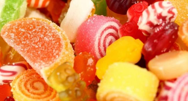 Ученые составили рейтинг сладостей, вызывающих рак