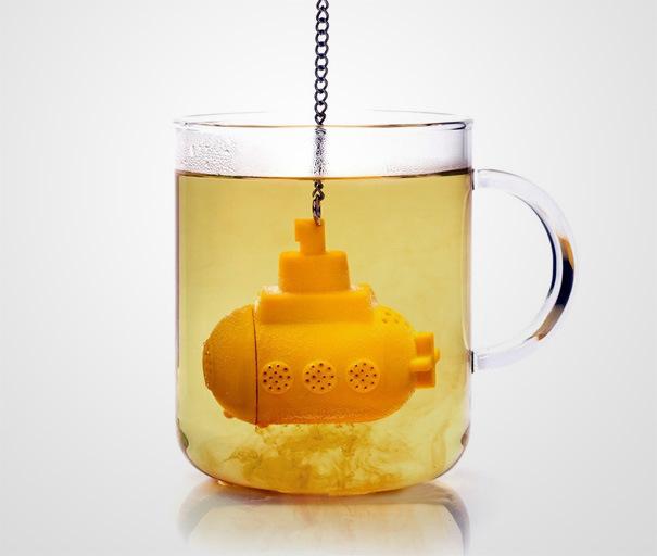 Желтая подводная лодка для любителей Битлз и чая