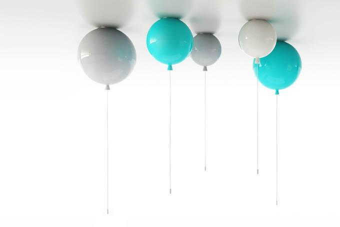 собирал люстра в виде воздушных шариков приют