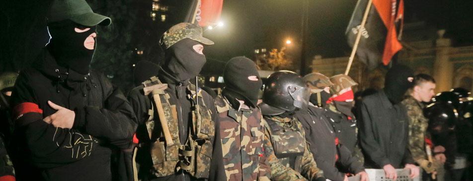 Видный украинский националист возопил, что ими попользовались на Майдане, а потом выбросили